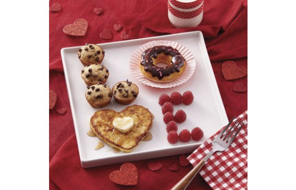cute Valentine's Day breakfast in bed